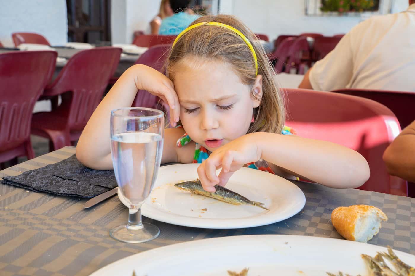 Πώς θα καταφέρεις να κάνεις το παιδί σου να αγαπήσει το ψάρι;