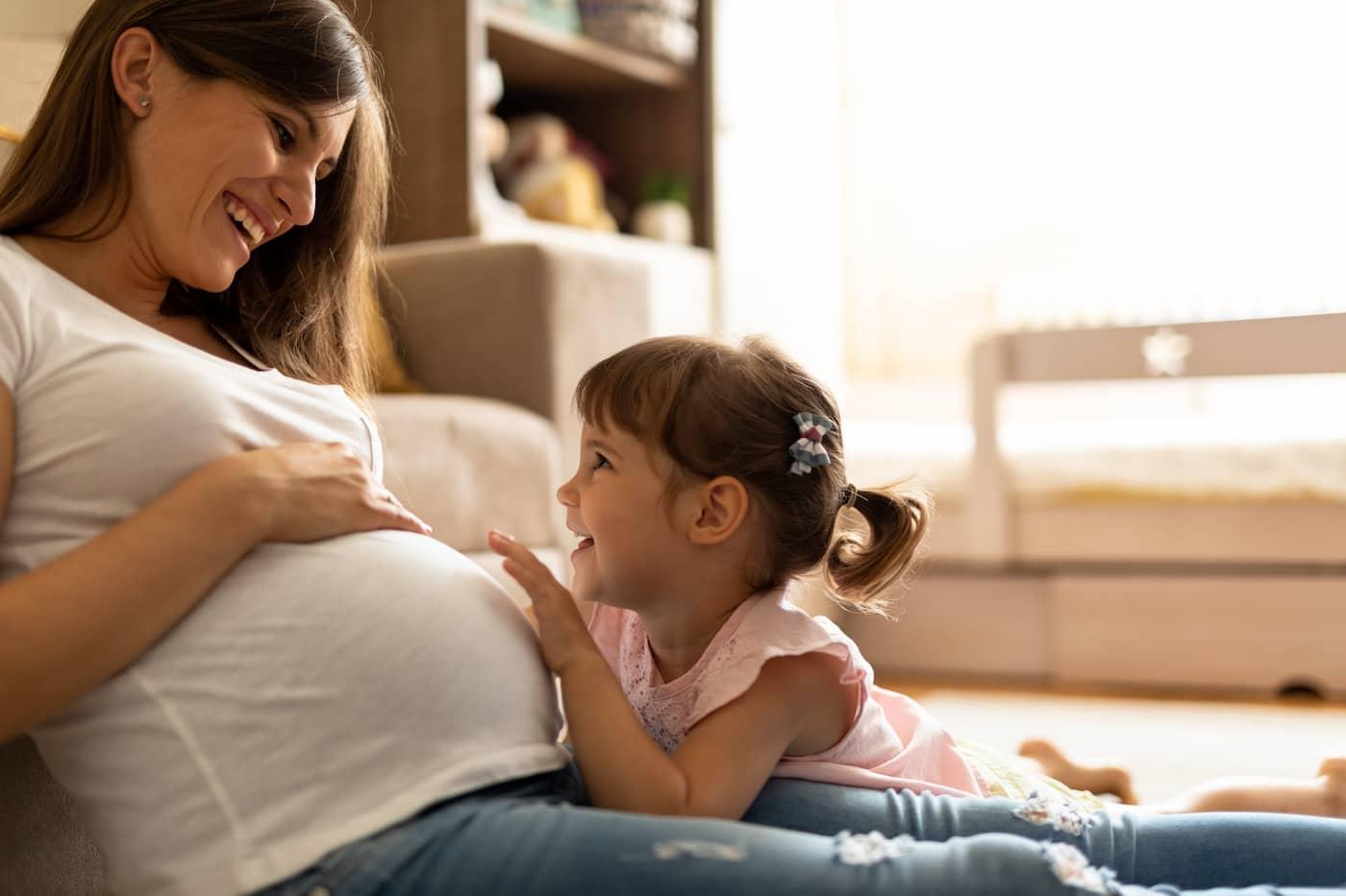 Δεύτερο παιδί: Πώς θα ανακοινώσεις στο πρώτο παιδί σου τη νέα εγκυμοσύνη