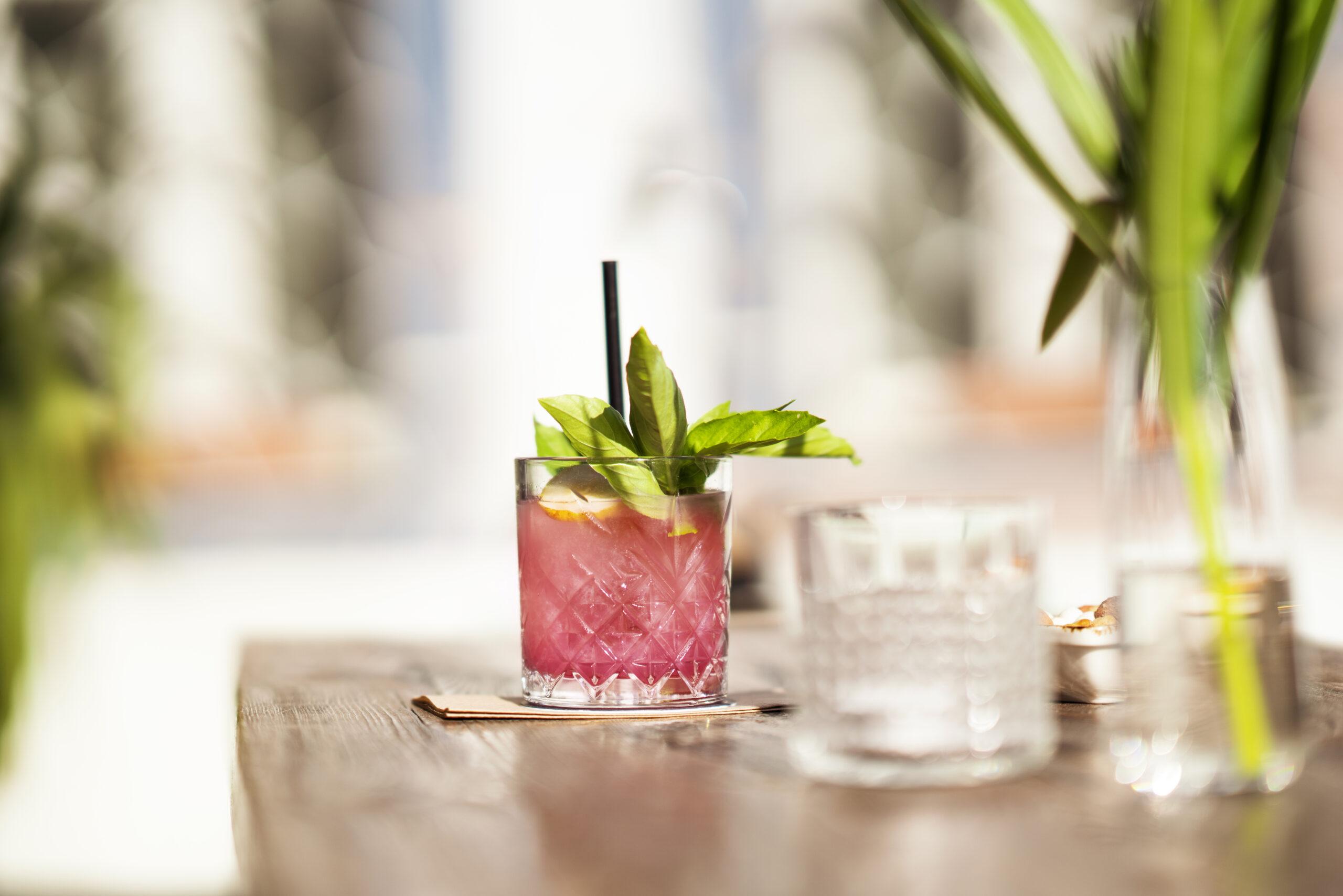 Αν σου έλειψε ένα cocktail, επίλεξε τη λύση του mocktail!
