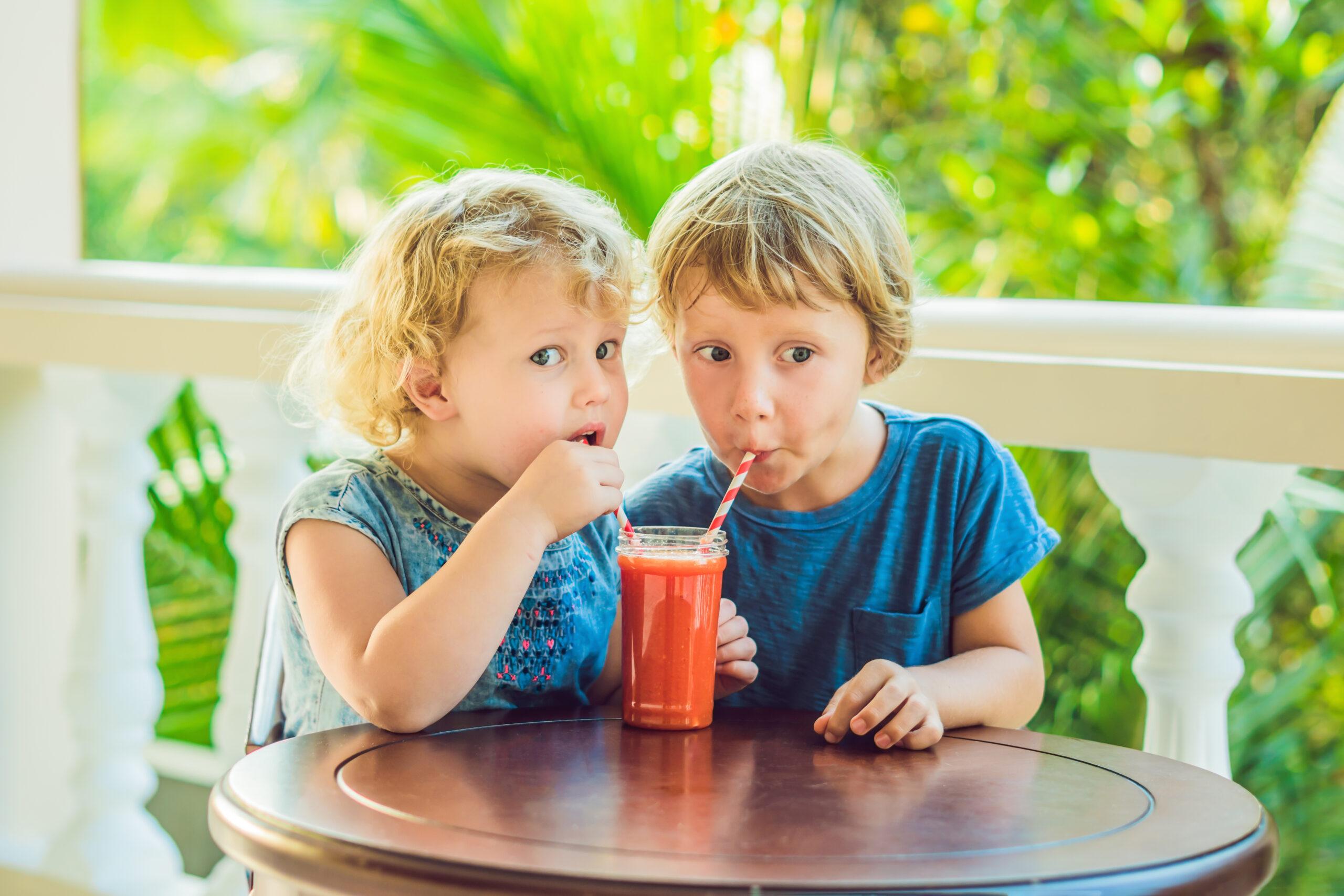 4 λόγοι που οι χυμοί φρούτων για νήπια και παιδιά κάνουν καλό