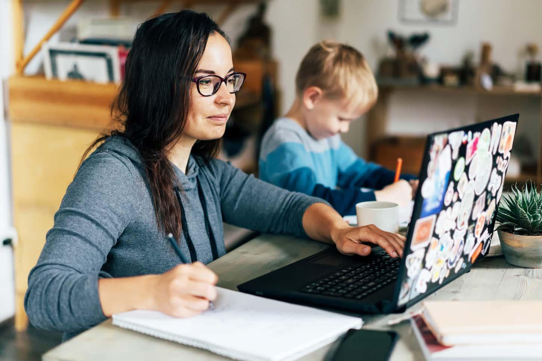 Οι γονικές τάσεις που θα κυριαρχήσουν το 2021