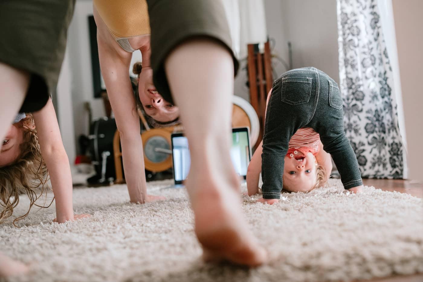 Γυμναστική με τα παιδιά σου στο σπίτι – Πως να το διασκεδάσεις
