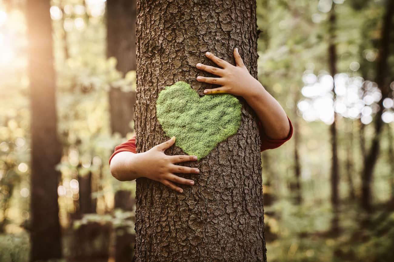 Ημέρα της Γης – Πώς θα μεγαλώσεις ένα παιδί που θα σέβεται το περιβάλλον;