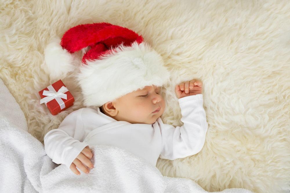 Πώς θα κάνεις τα πρώτα Χριστούγεννα με το μωρό σου πραγματικά αξέχαστα