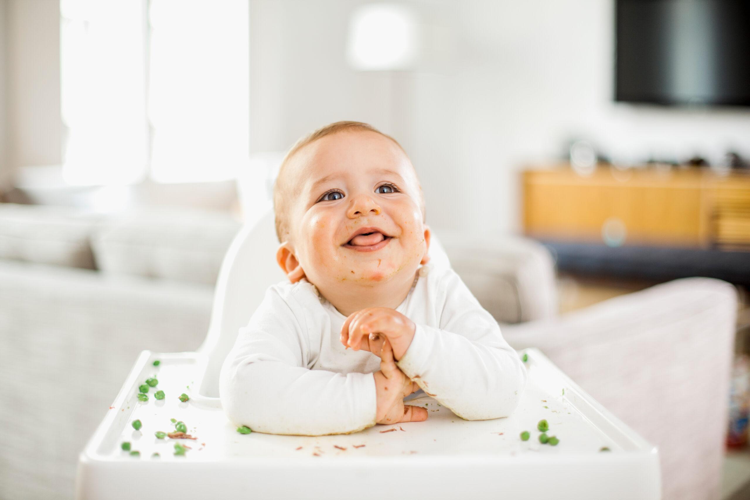 5 Τρόποι να ενθαρρύνεις το παιδί σου να αρχίζει να τρώει μόνο του