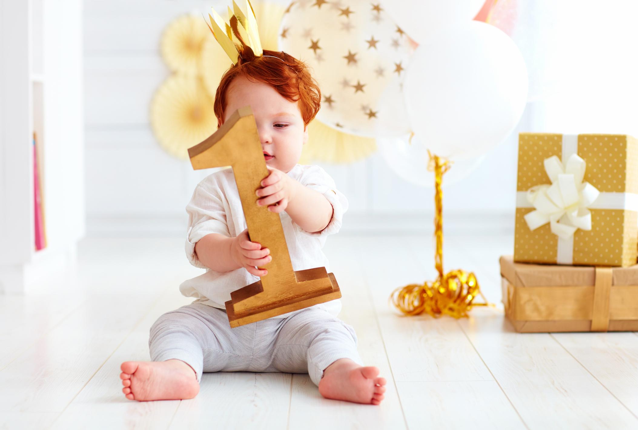 Πώς θα γιορτάσεις τα πρώτα γενέθλια του μωρού σου στο σπίτι;