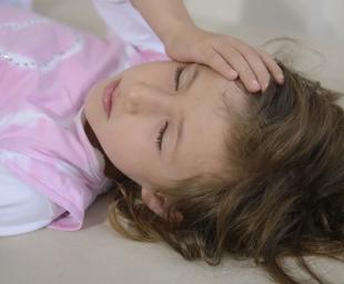 Παιδικοί πονοκέφαλοι – Τι πρέπει να γνωρίζουν οι γονείς