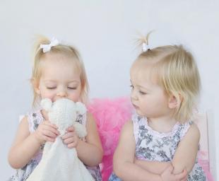 Πως να μάθουμε στο παιδί μας να μοιράζεται