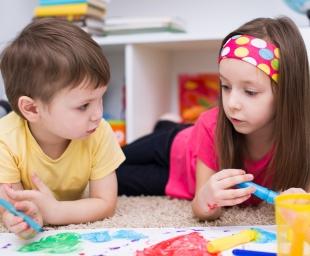 Οργάνωση ομαδικού παιχνιδιού για τα πολύ μικρά παιδιά