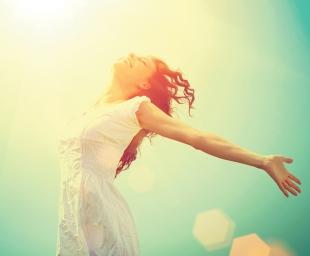 Ήλιος: Ελιξίριο για την ψυχή και το νου – Τι δείχνουν οι έρευνες