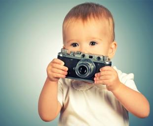 Πρωτότυπες ιδέες για τις πρώτες φωτογραφίες του μωρού σας