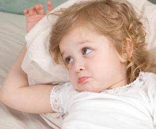Νυχτερινή ενούρηση – Γιατί εξακολουθεί να βρέχει το κρεβάτι του