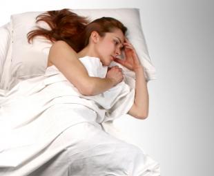 Όλα τα μυστικά για να ξαναβρείτε τον ύπνο σας μετά το παιδί