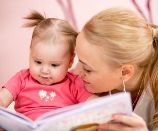 5 «εκπαιδευτικά» παιχνίδια να παίξετε με το μωρό σας