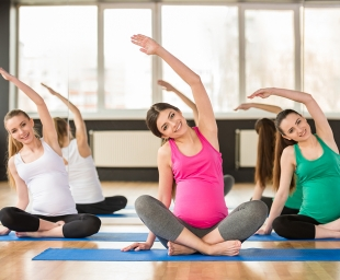 Prenatal Yoga – Γιόγκα για τη μέλλουσα μαμά (Και το μωρό της)