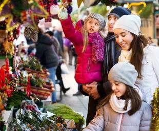 Χριστουγεννιάτικα δώρα – Πώς να αντισταθούμε στα ατελείωτα «θέλω» των παιδιών